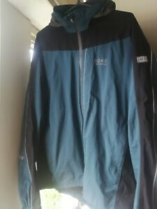 Gore bike wear, gore-tex jacket, size large, great condition.