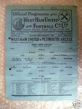 1946 League Division II WEST HAM UNITED v PLYMOUTH ARGYLE, 28th December, Rare