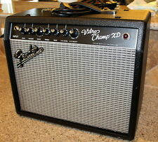Fender Vibro Champ XD Portable All Tube Guitar Amplifier with built in effects