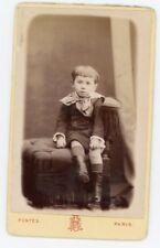 Photo CDV Paris Fontès, un enfant prend la pose 1890