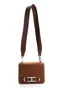 Carolina Herrera Womens Grained Leather Magnetic Flap Crossbody Handbag Brown