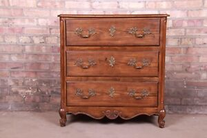 Baker Furniture French Provincial Louis XV Oak and Burl Wood Chest of Drawers