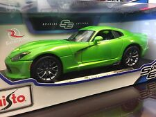 Maisto 1:18 Scale Diecast Model Car - 2013 Dodge Viper GTS (Green)