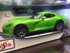 Maisto 1:18 Scale Diecast Model Car - 2013 Dodge Viper GTS (Green)