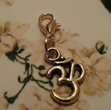 Gold Om Aum Ohm Sanskrit Clip on Charm / Pendant for Necklace Bracelet Locket