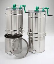 Extracteur de miel Compact avec réservoir 50 kg. transmission latérale