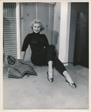 VIRGINIA MAYO Sweater Girl ORIGINAL Vintage BERT SIX Warner Bros. Portrait Photo