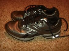 REEBOK Easytone Silver Black Womens Size 6.5