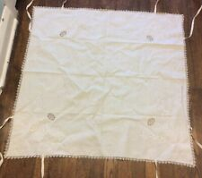 Antique Vtg Embroidery Tablecloth Bridge Card , Crisp Linen, 31�x31� With Ties