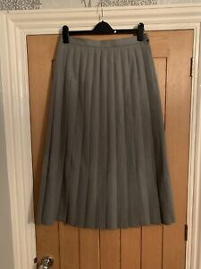 Cotswold Collection Grey Womans Plated Skirt Size 14