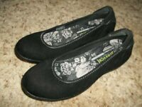 Excellent SKECHERS Stretch Memory Foam Black Suede Flats 7 1/2 M