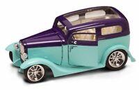 1931 Ford Model A Sedan Light Green Yatming 92848 1/18 Scale Diecast Car