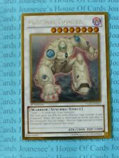 Colossal Fighter PGLD-EN043 Gold Rare Yu-Gi-Oh Card 1st Edition New