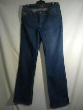 Liz Jordan Ladies Jeans in Blue with a Floral Relief on Back Pockets Size 12