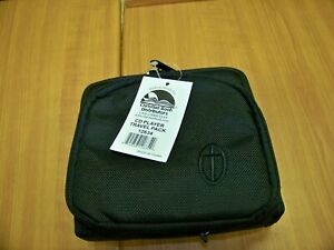 NWT Christion Book Distributors CD Player Travel Pack # 12634