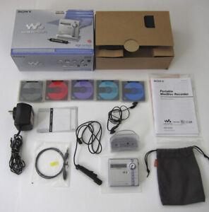 Sony mz-n707 minidisc player recorder Original box 5 discs excellent condition