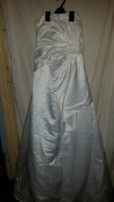 LADIES VINTAGE RETRO ?  WEDDING DRESS STRAPLESS ROMAN ORIGINALS IVORY SILKY 32 C