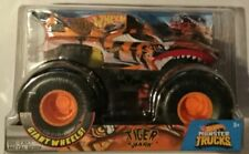 Hot Wheels Tiger Shark Pit Crew1 24 Scale Monster Truck