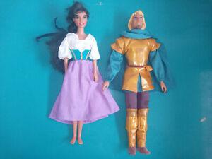 Lot 2 Poupées Esmeralda Phoebus Le Bossu de Notre Dame Mattel mannequin Disney