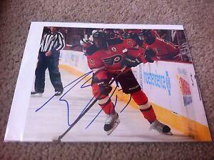 Wayne Simmonds Autographed 8x10 Photo Philadelphia Flyers LA Kings