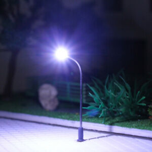 10pcs Model Railway Z Gauge Lamps 1:200 Street Lights Cool LEDs Platform 3.2cm
