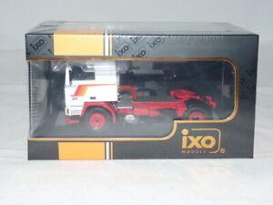 IXO TR038 Volvo F10 1983 weiss/rot 1:43 NEU + OVP