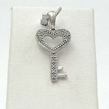 10K WHITE GOLD PAVE' DIAMOND KEY TO MY HEART CHARM PENDANT 1.3Gr