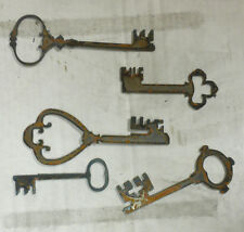 "Lot of 5 Old Style Skeleton Key Shapes 4"" - 6"" Rough Rusty Metal Vintage Crafts"