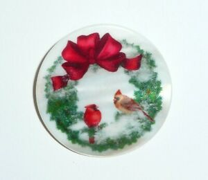 """Pretty Christmas Wreath / Birds on Mother of Pearl Button - MOP Button 1-3/8"""""""