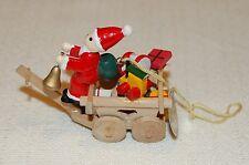 Käthe Wohlfahrt Nikolaus mit Wagen- Karen- und Geschenken Holzarbeit Weihnachten