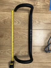 Fizik Cyrano R3 alloy road handlebar, 31.8mm, 46cm, Bull / Aliante, Black.