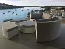 Resort Style Round Olympia Outdoor Suite Sofa Day Bed Setting