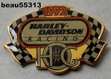 """""""OLD STOCK"""" 1992 HARLEY DAVIDSON OWNERS GROUP HOG RACING VEST JACKET HAT PIN"""