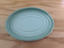 """New LE CREUSET 6.5/"""" Oval Spoon Rest Stoneware Soleil Yellow"""