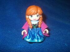 Lego Duplo Frozen Schloss 1 X Figur Anna Rock Umhang Pink Zöpfe 10899 3 teilig