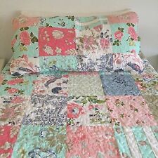 Bedspread 160x220 incl. 1 Cushion cover 40x80 Bedspread Patchwork Design Quilt