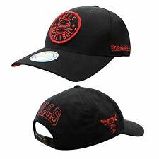 Mitchell & Ness Chicago Bulls Adjustable Peak Snapback Adults Cap Black INTL576