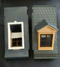 PLAYMOBIL 5300  VICTORIAN MANSION HOUSE 1 roof section dormer window rails blind