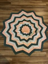 """Vintage Knit Afghan Peach White Green Large Star Shape About 62"""" Diameter"""