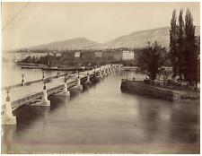 ND., Suisse, Genève, Le Pont du Mont-Blanc et le Pointe de l'Ile Rousseau