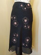 NWT Wrapper Skirt size m stretch waist