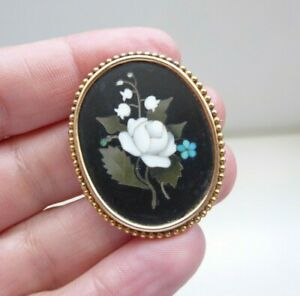 A Fine and Collectible Victorian 18ct Gold Pietra Dura Floral Brooch.