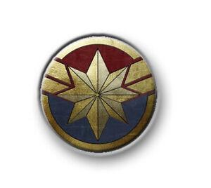 """CAPTAIN MARVEL 1"""" / 25mm / pin button / badge / film movie / Marvel / Avengers"""