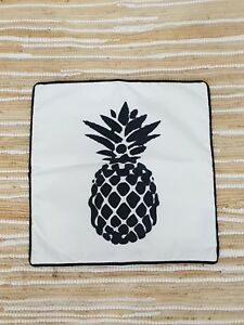 Gringo Fairtrade Pineapple Print Cushion Cover
