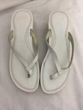 Nike Ladies Wedge Flip Flop Sandals Size 8