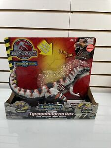 Jurassic Park JP3 Canyon Tyrannosaurus Rex Camo Xtreme Re-Ak-A-Tak - NEW in Box