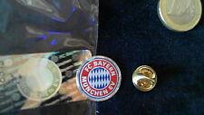 FC Bayern Logo Glitzer Pin Badge OVP