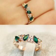 Luxury Dazzling Emerald Rhinestone Crystal Finger Ring Womens Ladies Jewelry