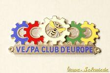 """VESPA IN METALLO-TARGHETTA """"VESPA CLUB D'Europe-Club Europa emblema SMALTO EMAIL"""
