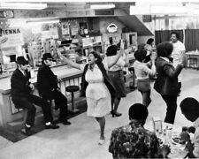 1980 BLUES BROTHERS Dan Aykroyd John Belushi Glossy 8x10 Photo Aretha Franklin